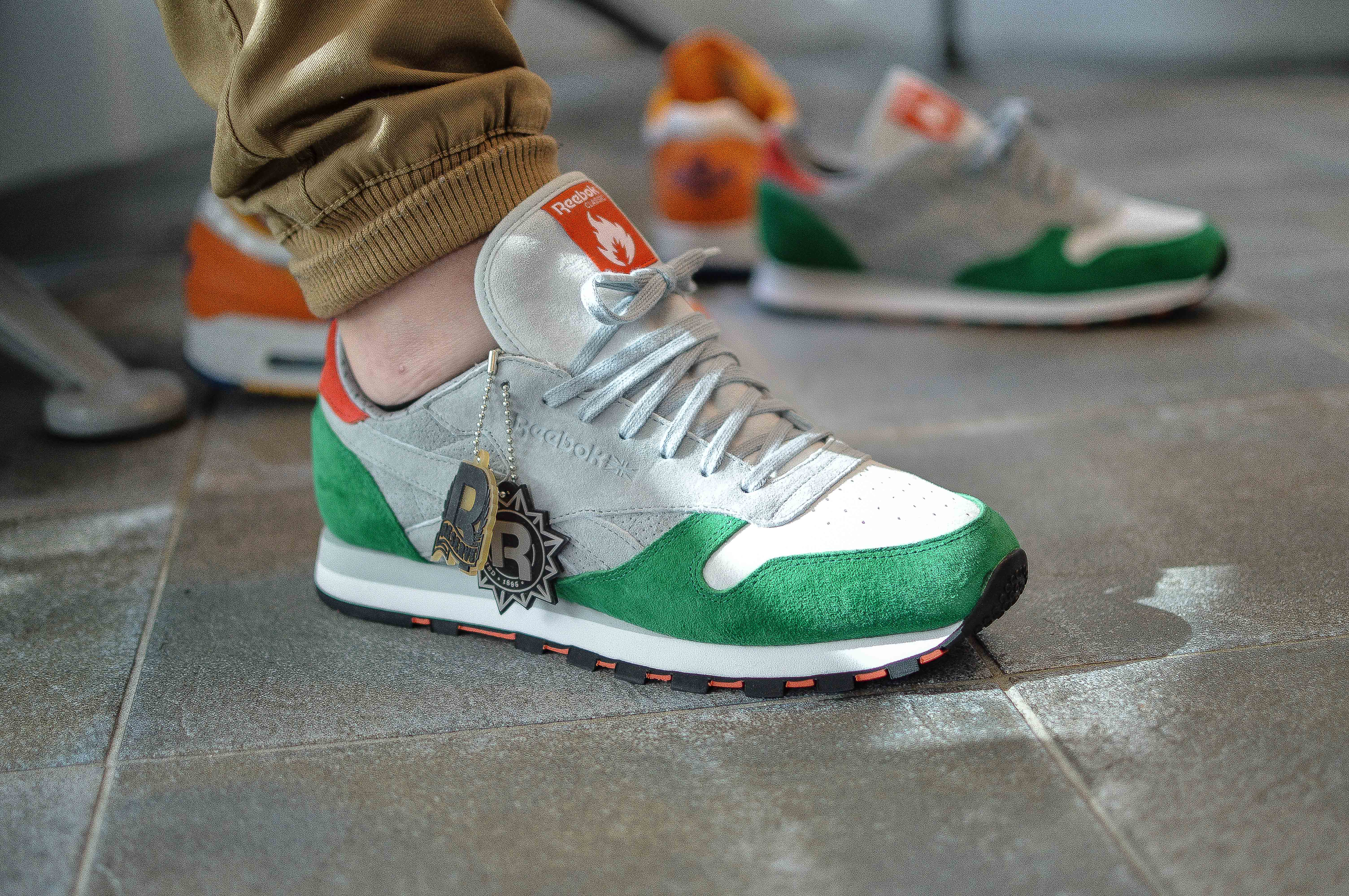 hanon shop x Reebok Classic Leather '3 Castles' – In store