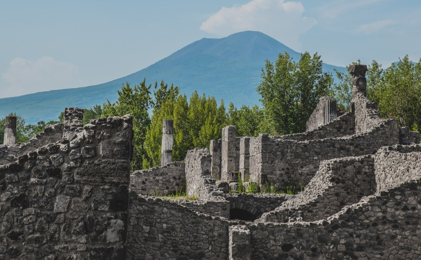 Pompeii via Naples – Italy Adventures